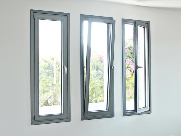 Tipos de Ventanas oscilobatiente Termopanel PVC o Aluminio